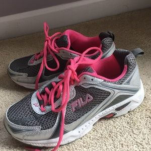 Like New Fila  Gray Pink Sneakers 7 1/2 M